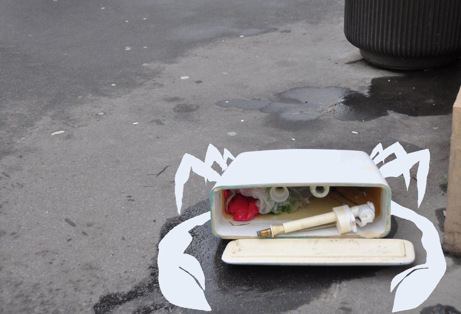 krab gemaakt van afval
